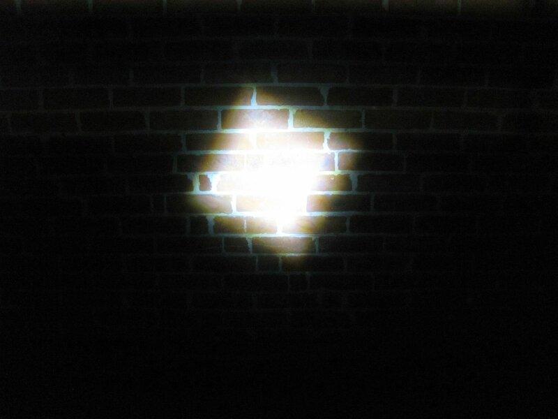ChinaBuye: Налобный фонарь на светодиоде CREE XM-L T6