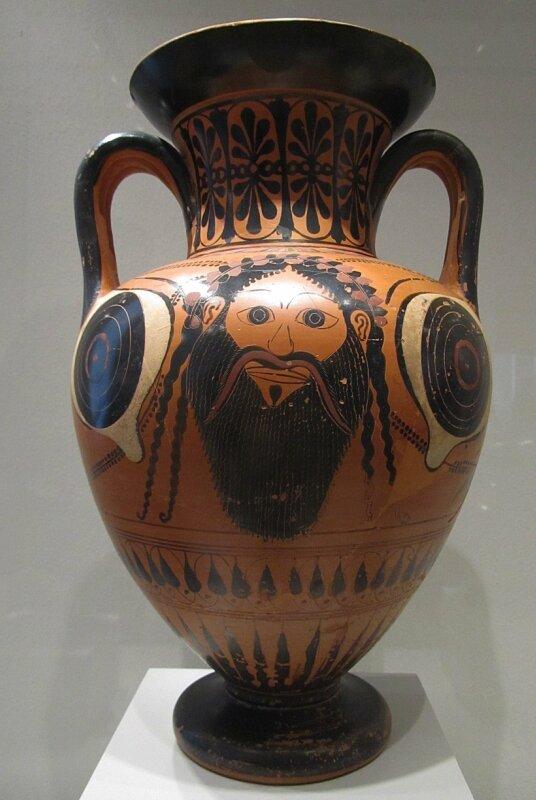 Амфора с культовой маской Диониса