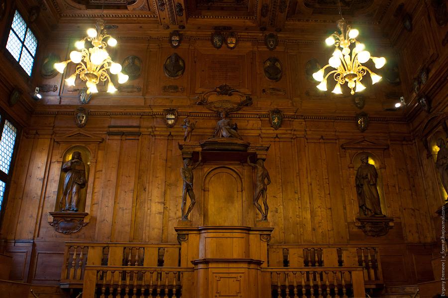 это древнейший в Европе анатомический театр