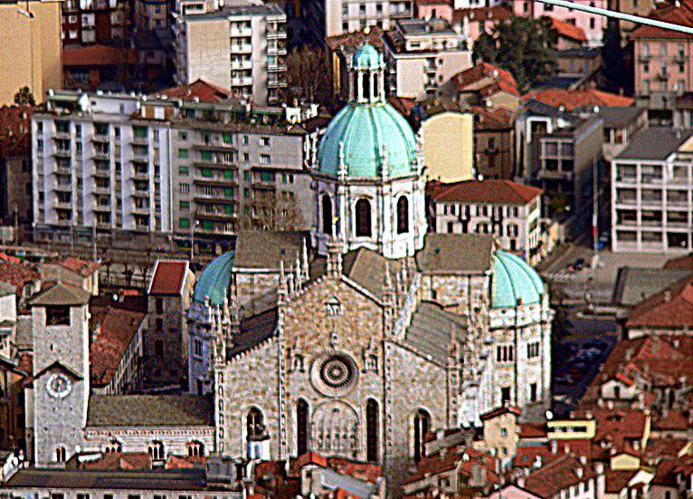 Кафедральный собор города Комо, Италия. Автор - Лариоареа