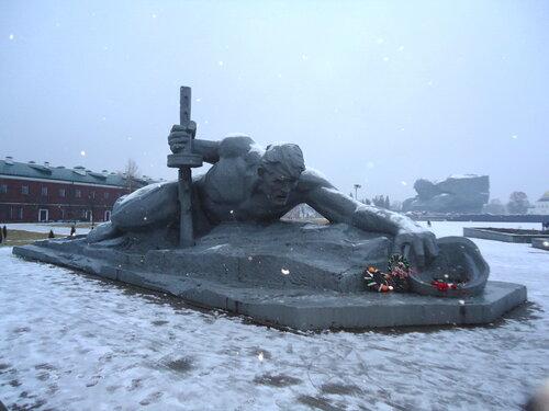Брестская крепость. Скульптурная композиция