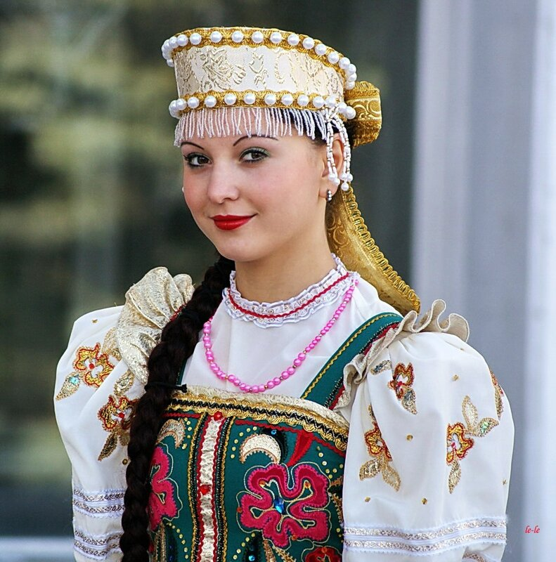 Russian Woman From The Beautiful - Other-2503