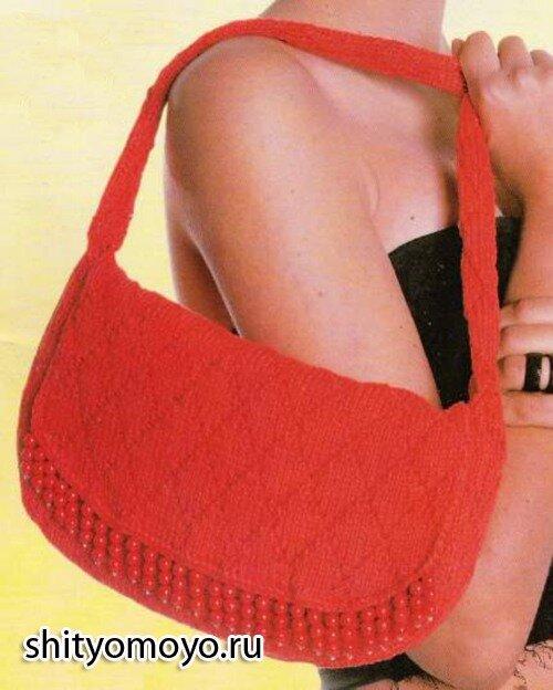 Красная летняя сумка, связанная спицами