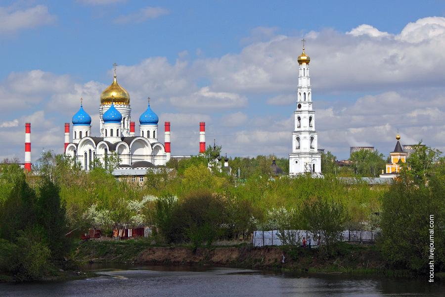 Николо-Угрешский монастырь. «ТЭЦ-22 Мосэнерго»