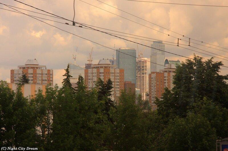 http://img-fotki.yandex.ru/get/5606/night-city-dream.c0/0_5e9e0_265cfe6_XL.jpg