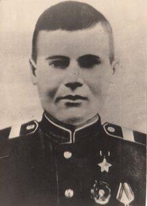 Герой Советского Союза ст. лейтенант Е.К. Кремлев