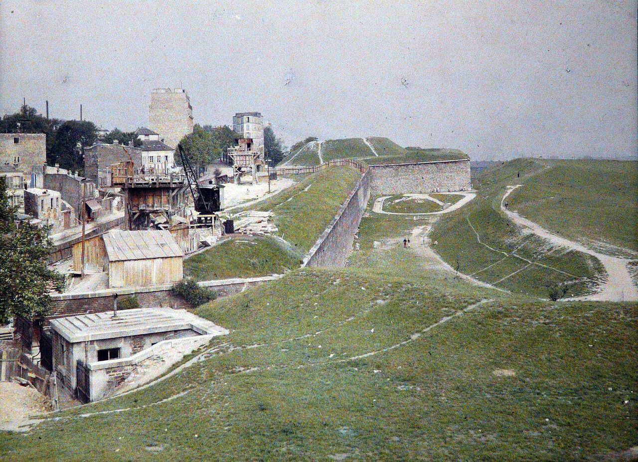 1914 Paris-Porte-du-Pre-Saint-Gervais-Fortifications2.jpg
