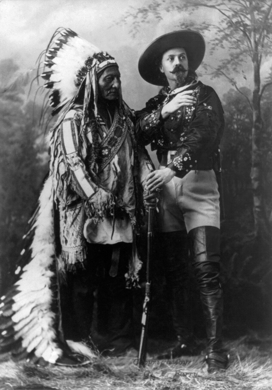 012 William_Notman_studios_-_Sitting_Bull_and_Buffalo_Bill_(1895)_edit.jpg