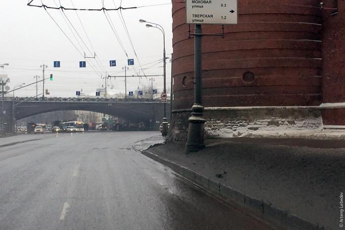 Русский дрист. Артемий Лебедев знакомит читателя с российскими и иностранными дорогами