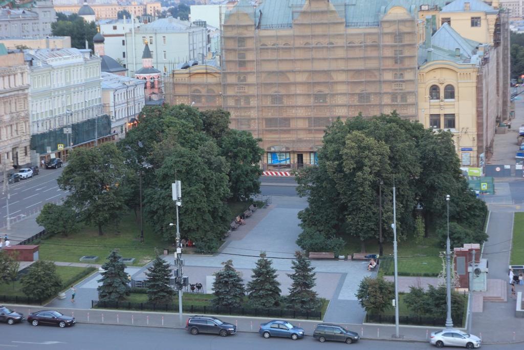 Новая площадь Москва