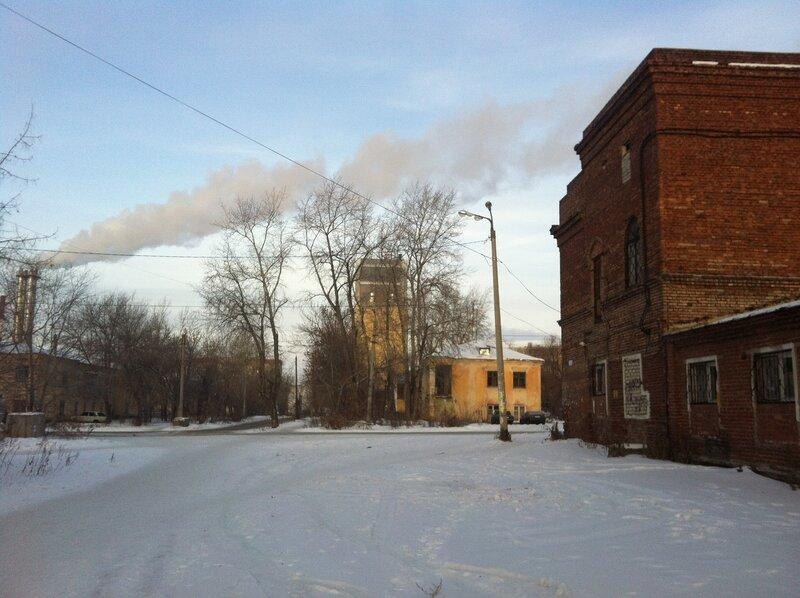 Дорога с конечной остановки вглубь посёлка АМЗ