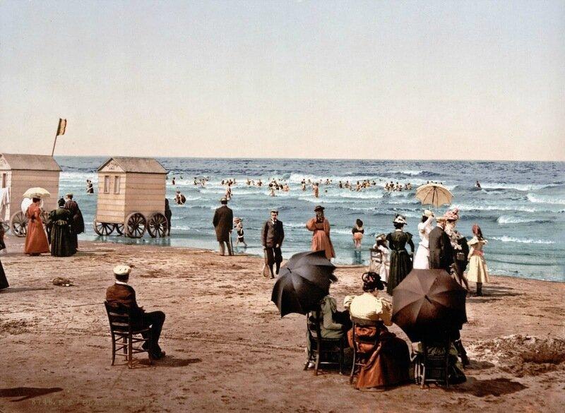 The beach, Blankenberghe, Belgium, ca. 1890-1900.jpg