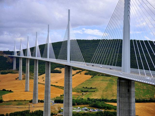 12 самых необычных мостов