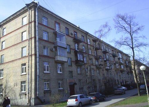 Варшавская ул. 98