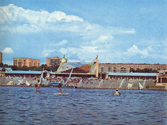http://img-fotki.yandex.ru/get/5607/stadiums-at-ua.7/0_6f704_cb64ded3_XL