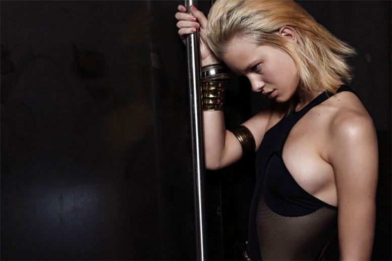 модель Ханна Холман / Hannah Holman, фотограф Eric Guillemain