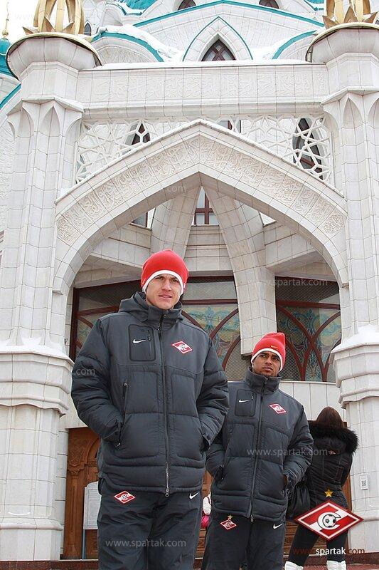 «Спартак» совершил прогулку по Казани (Фото)