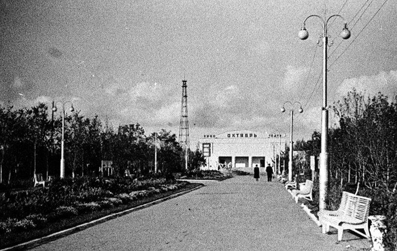 Первая белгородская телевышка, вид из парка, фото из архива Э.Кошкова