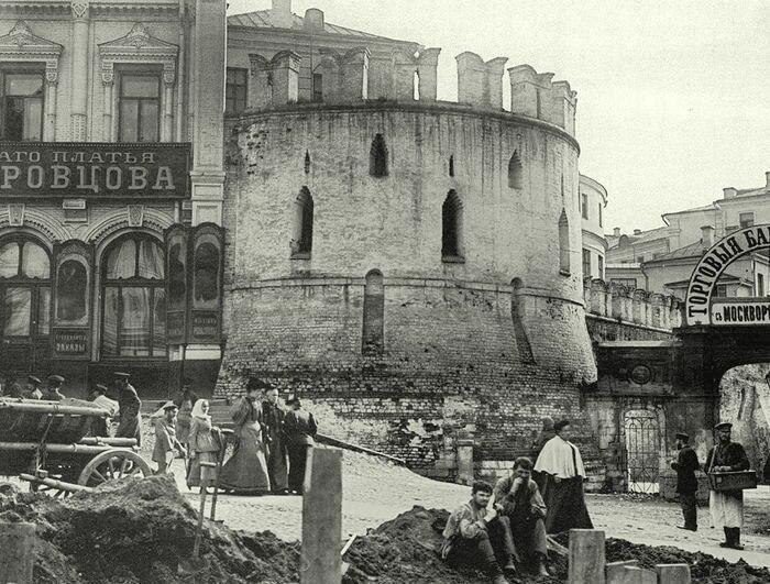 240. Театральный проезд. 1890-1895