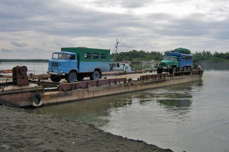 Река Камчатка - паром