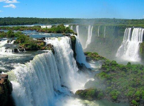 Водопад Игуасу на границе БРАЗИЛИИ с Аргентиной
