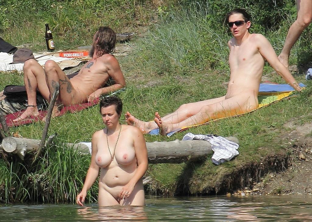 foto-nudistki-tolko
