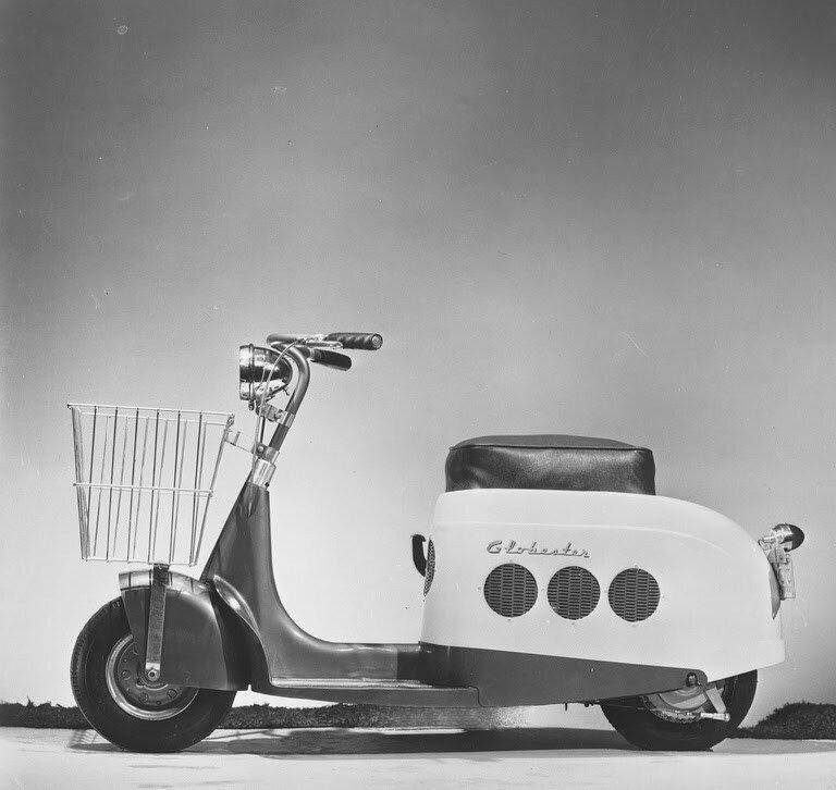 Brooks-Stevens-Globester-Motor-Scooter-3.jpg
