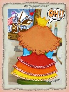 Принцесса наконец то встретила своего рыцаря и влюбилась...(моя работа)