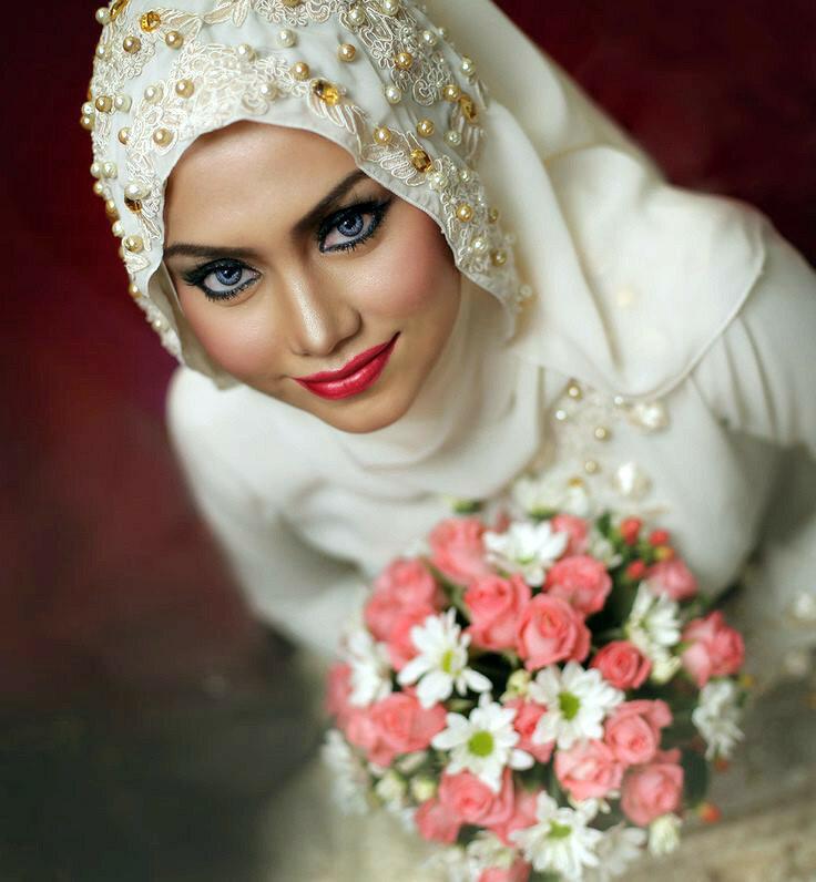 af14edc98374f9a Скромность изысканности не помеха. Мусульманские свадебные платья.  Обсуждение на LiveInternet - Российский Сервис Онлайн-Дневников