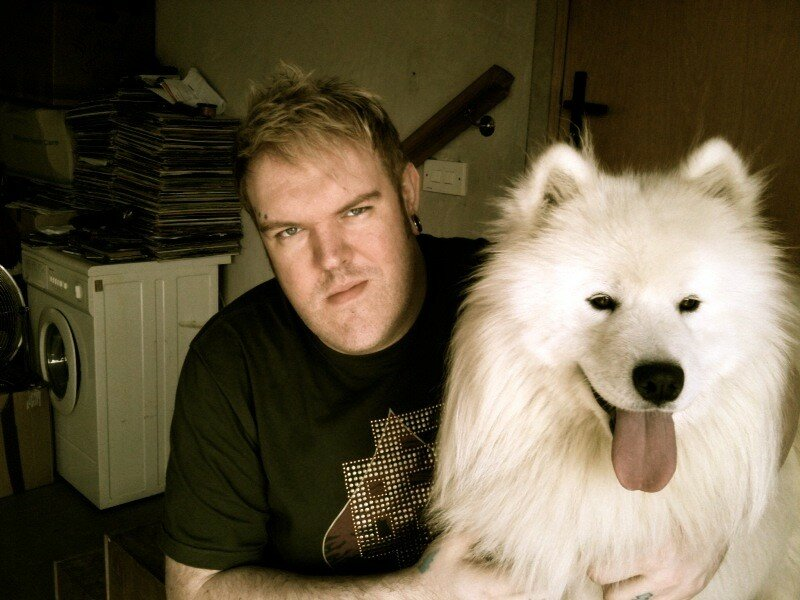 Каждому свой лютоволк: 12 актеров из «Игры престолов» и их собаки