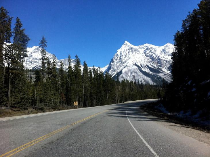 Сравнение дорог на Колыме и в Северной Америке (27 фото)