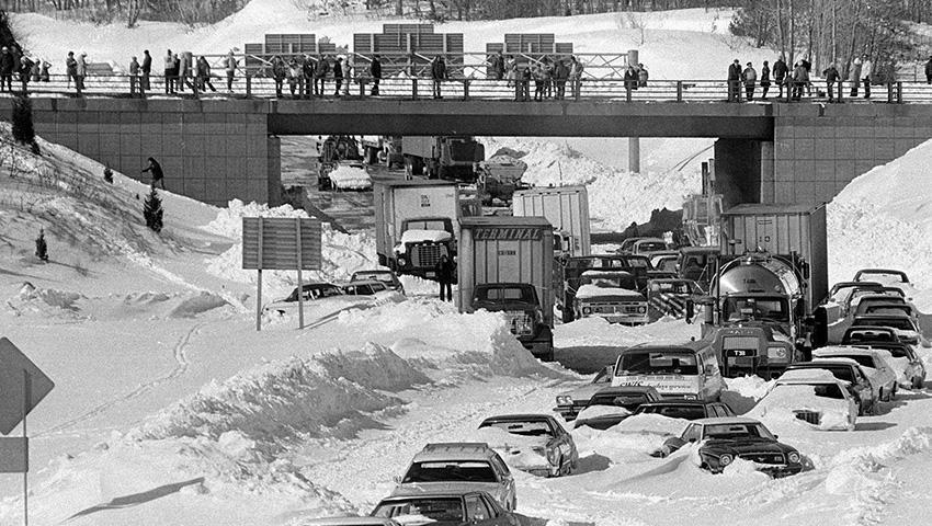 3. Бостон, США 1978 — 69 сантиметров снега Бостонский снежный шторм начался в самое неподходящее вре