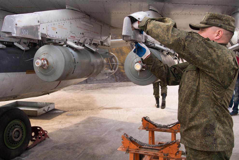 8. По утверждениям России, авиаудары наносятся по военным объектам запрещенного «Исламского гос
