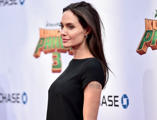 Анджелина Джоли победила анорексию (3 фото)