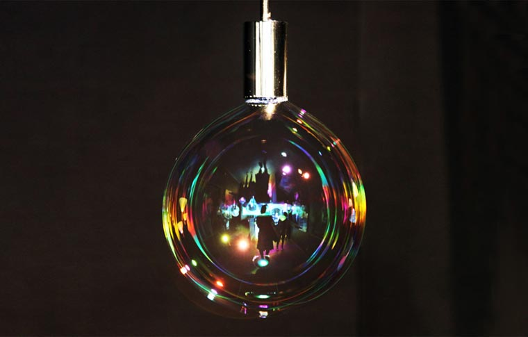Bubble Lamp - This lamp uses soap bubbles as ephemeral lampshade