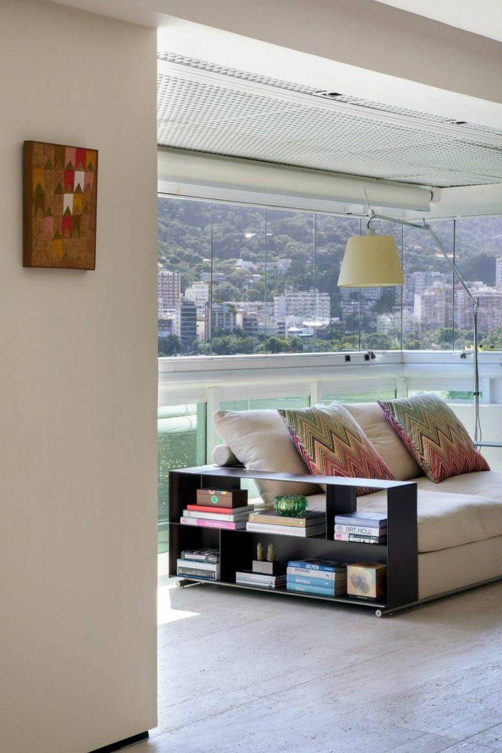 Apartment MGA by Yamagata Arquitetura