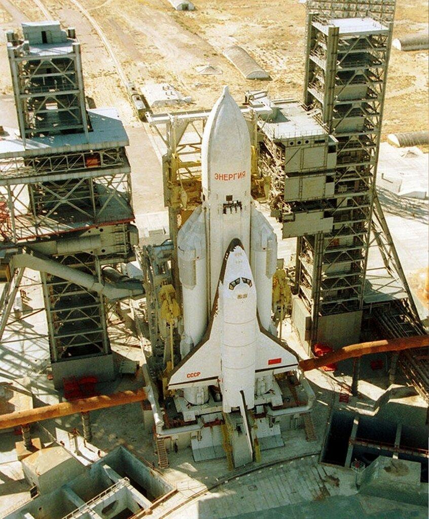Буран - советский крылатый орбитальный корабль многоразового использования... (3).jpg