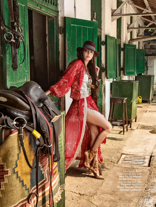 Anushka Sharma / Анушка Шарма в Лабутенах / журнал Vogue Индия, май 2016 / фотограф Errikos Andreou