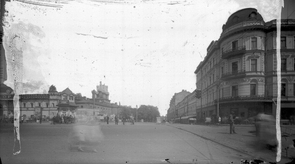 1933_4.jpg