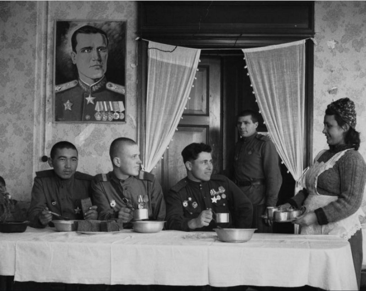 1946. Калининград. Столовая младшего комсостава