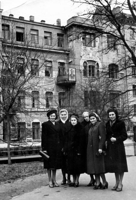 1954. Улица Большая Житомирская, дом №32
