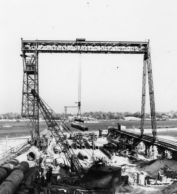 1961.10. Строительство моста метро