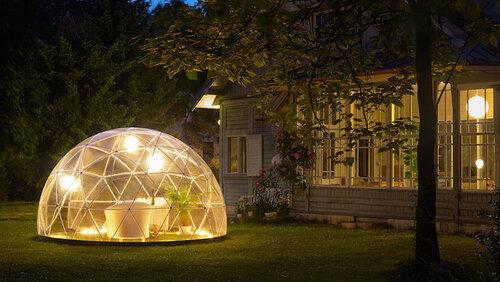 Домик для отдыха в виде иглу или шатра