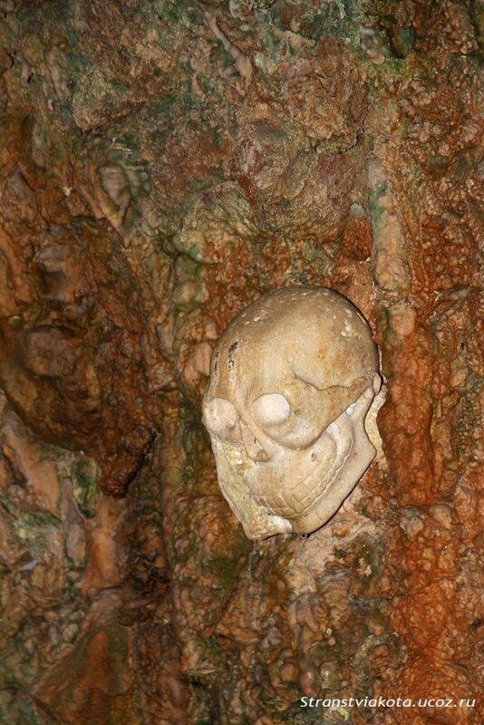 Майорка, Пещера Кампанет