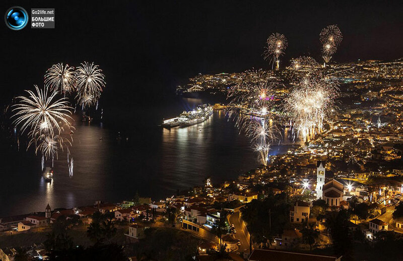 www.Go2life.net • Португалия. Вид на праздничный залив Фуншал, Мадейра