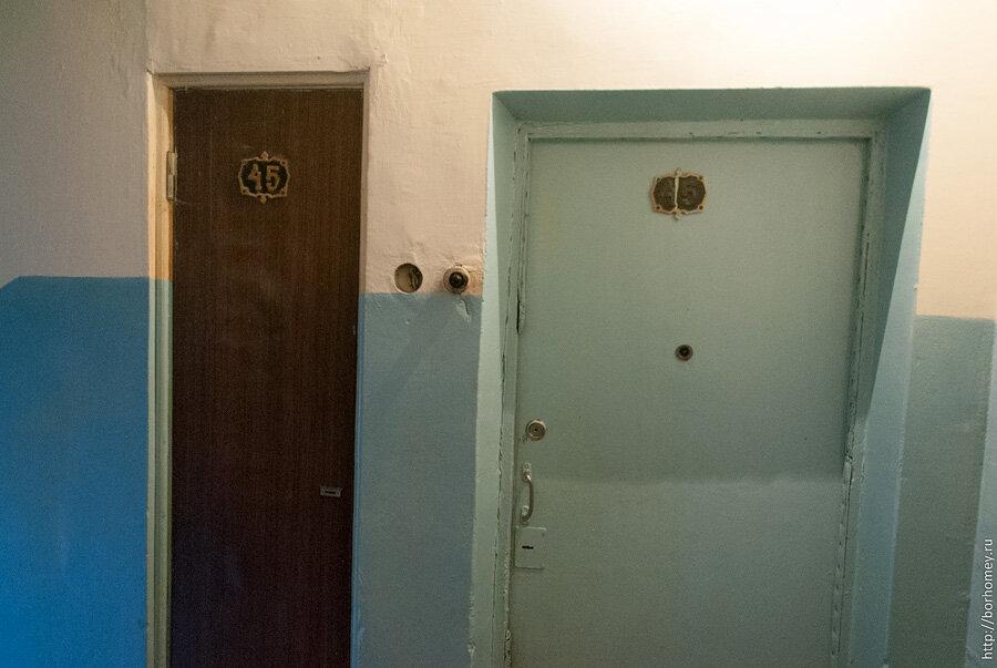 дверь в мусоропровод