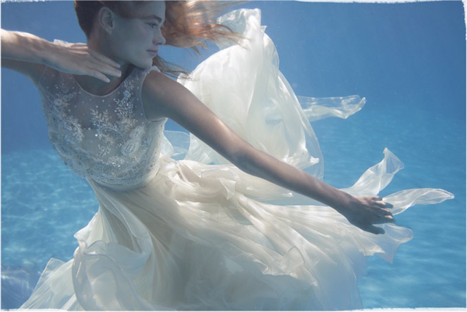 bhldn-underwater-wedding-dresses-shoot11.jpg