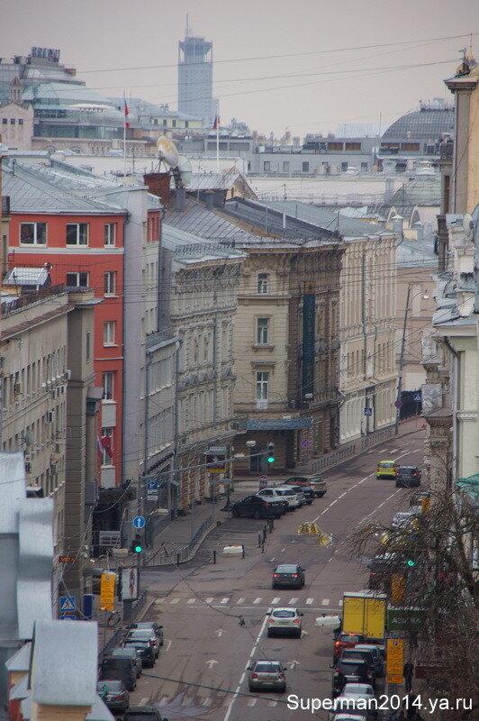 Виды на Москву с колокольни Высоко-Петровского монастыря