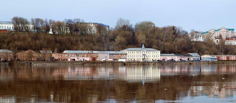 Здания на Пристанской, бывший речной порт P4281341_P4281344_panorama