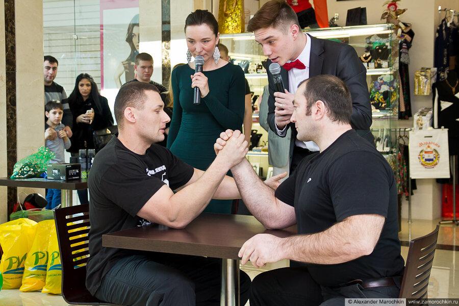 Сергей Кулясов против Александра Сабашвили. Армрестлинг в РИО 23 февраля 2013